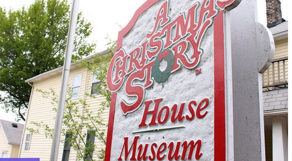 a christmas story house deal on group only 540 each - Where Was The Christmas Story Filmed